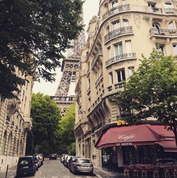 Eiffel tower by cafe with ilean harris